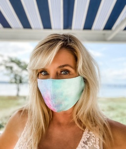 dr.-nadine-macaluso-donating-facemasks-for-mental-health